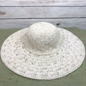 Accessories - Off white summer faux straw woven floppy hat